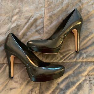 Calvin Klein textured leather black pumps